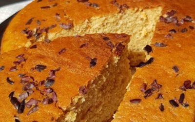Torta soffice all'arancia senza burro e latte