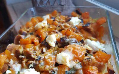 Pasta al forno con zucca, funghi e feta